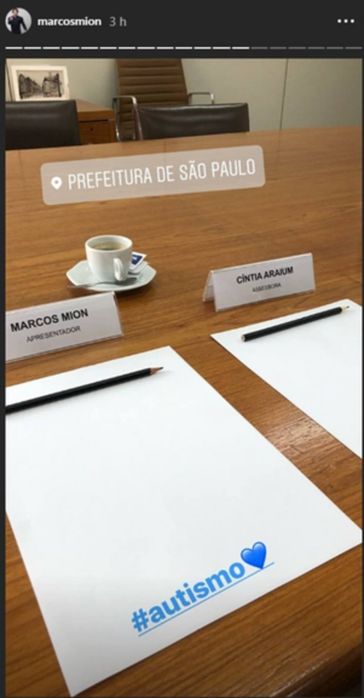 Registro feito pelo apresentadorMarcos Mion, durante reunião na Prefeitura de São Paulo.