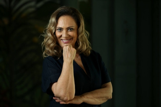 A atrizEliane Giardini em foto de 2018