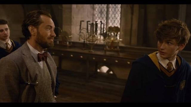 Jude Law é o jovem Alvo Dumbledore em 'Animais Fantásticos: Os Crimes de Grindelwald'.