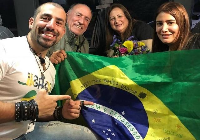 Kaysar Dadour e sua família, que chegou em setembro ao Brasil.