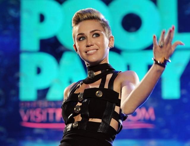 Miley Cyrus postou a foto na última segunda-feira, 5