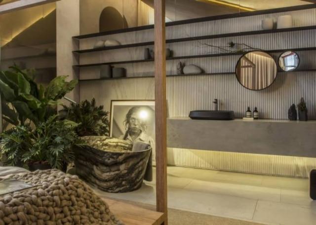 Área reservada ao banho no Loft Refúgio, de Consuelo Jorge