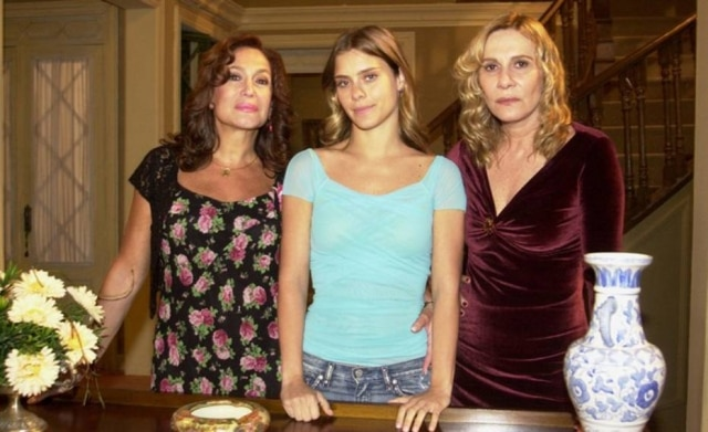 'Senhora do Destino', a novela rainha dos memes, volta a ser exibida na Globo.