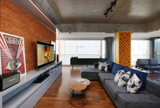 O tamanho da TV ideal varia conforme o espaço disponível.