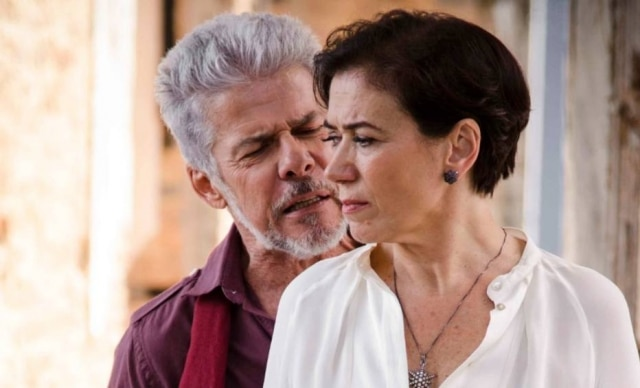 Lilia Cabral e José Mayer como os personagens Vitória e Zico, de 'Saramandaia' (2013).