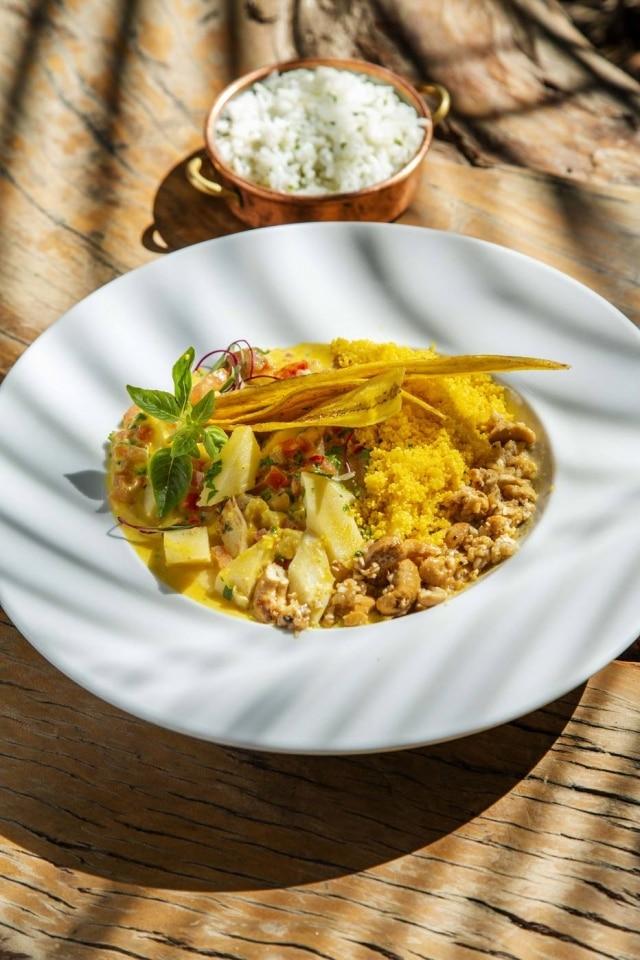 Moqueca de banana-da-terra vegana do restauranteCapim Santo