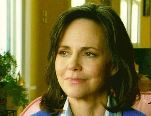 A atriz Sally Field.