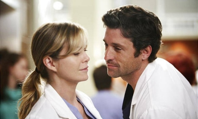 Os personagens Meredith Grey e Derek Shepherd na série 'Grey's Anatomy'