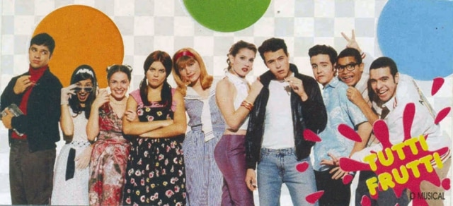 Elenco do seriado 'Sandy e Junior' em 'Tutti Frutti - O Musical'.