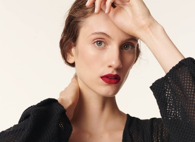 A modelo já pisou nas passarelas de Chanel, Valentino e Dolce & Gabbana