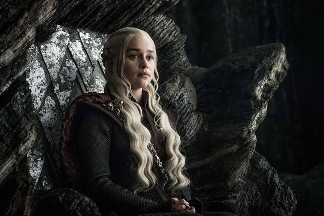 Emilia Clarke como Daenerys Targaryen em 'Game of Thrones'.