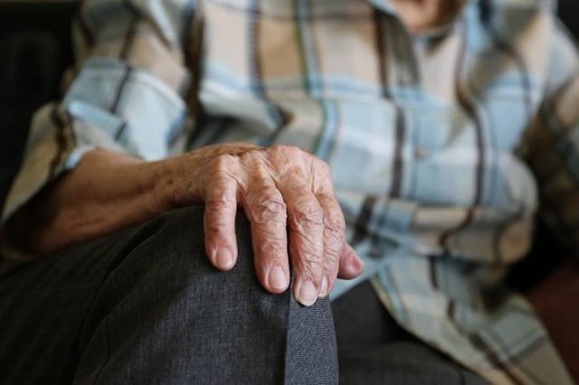 Você conversa com sua avó nas redes sociais?