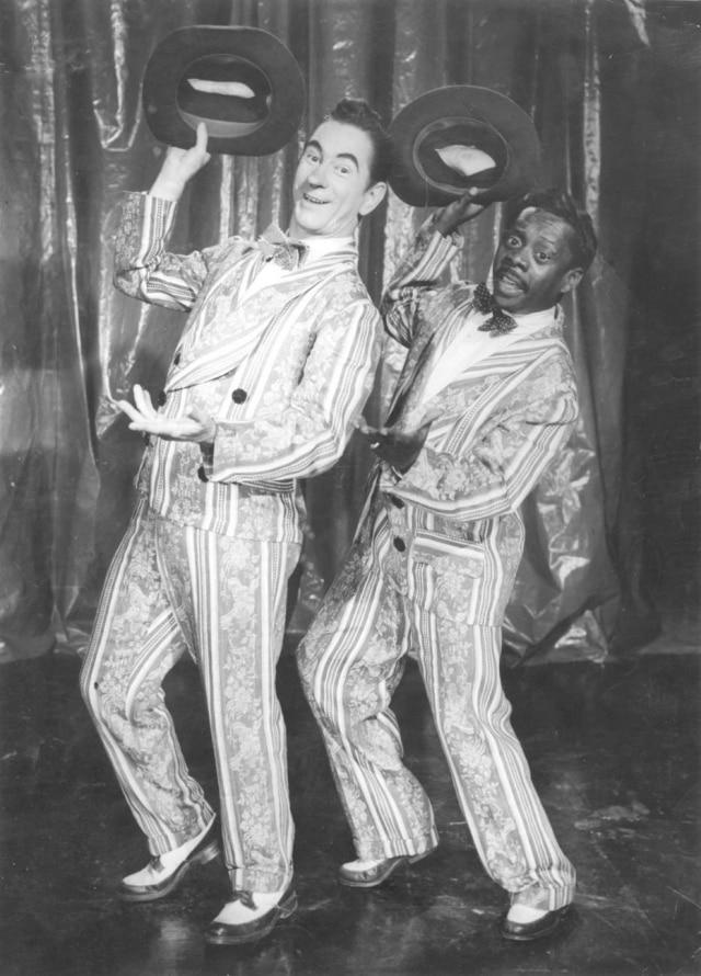 Oscarito e Grande Otelo - dupla de comediantes fez sucesso no cinema brasileiro.