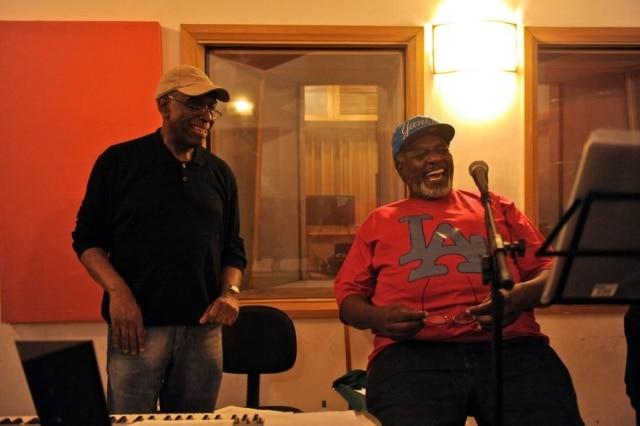 Tony Tornado ensaia para apresentação na Virada Cultural de 2011 ao lado do pianista Dom Salvador.