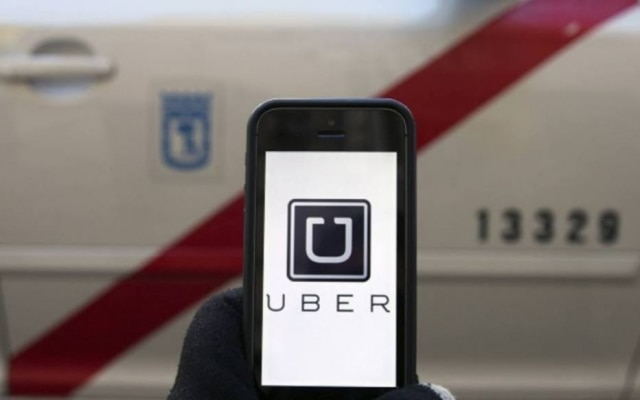 Motorista do aplicativo foi denunciado pela rede social e já está afastado da plataforma