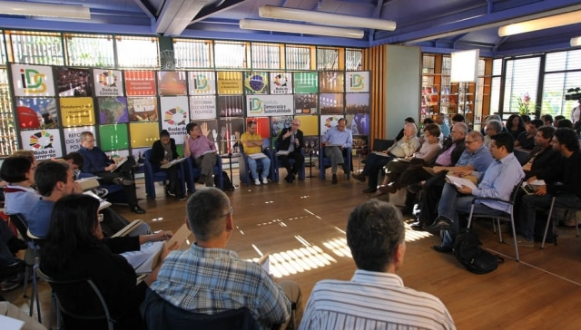 Relações pessoais são tema de reflexão por grupos de debate (foto ilustrativa, 2013)