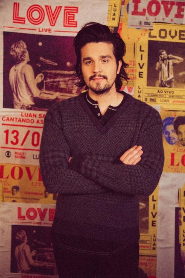 O cantorLuan Santana