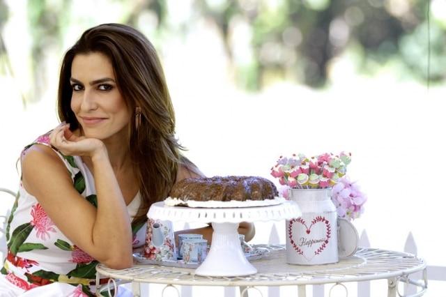 A apresentadora Ticiana Villas Boas comanda o terceiro reality de culinária seguido.