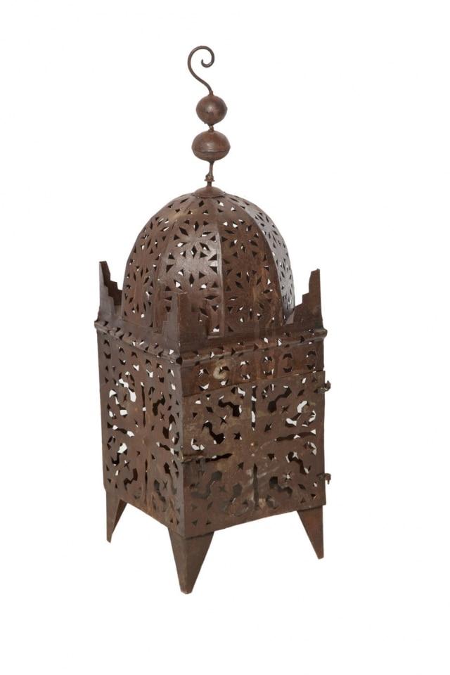 Lanterna para área externa em metal oxidado da L'Oleil