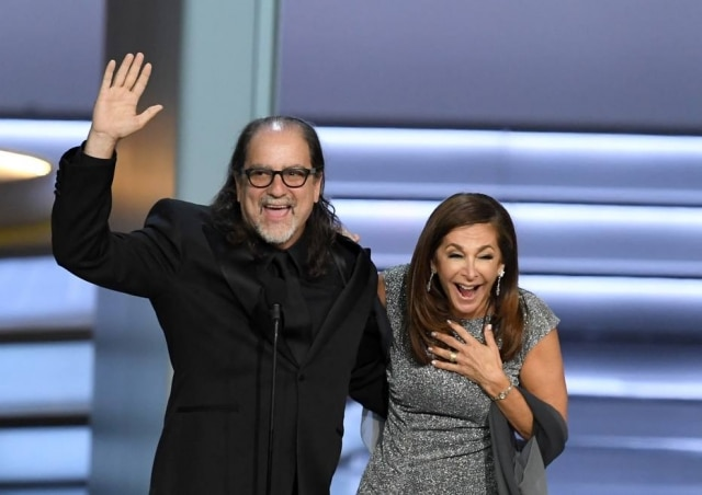 Jan Svendsen foi surpreendida quando Glenn pediu para se casar com ela no palco do Emmy.