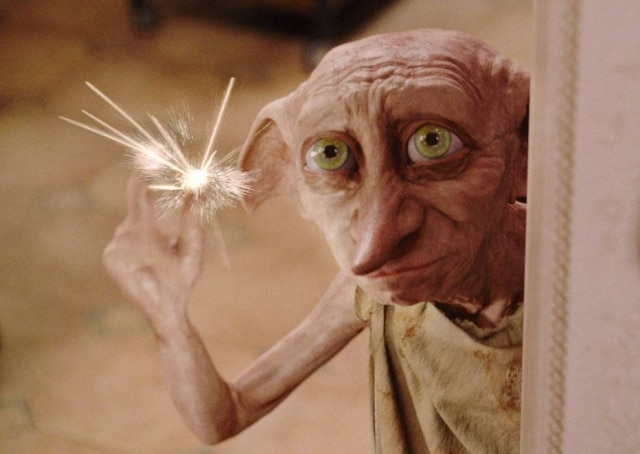 Dobby em cena do filme 'Harry Potter e a Câmara Secreta'.