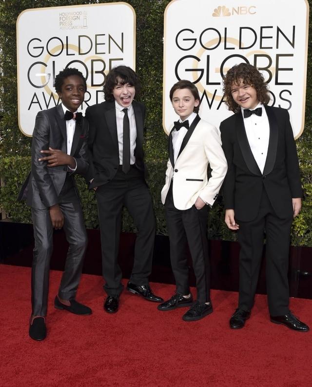 Elenco de 'Stranger Things' no Globo de Ouro.