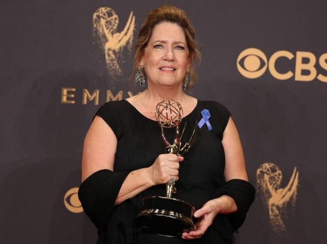Ann Dowd ganhou o prêmio de melhor atriz coadjuvante por seu papel em 'The Handmaid's Tale'
