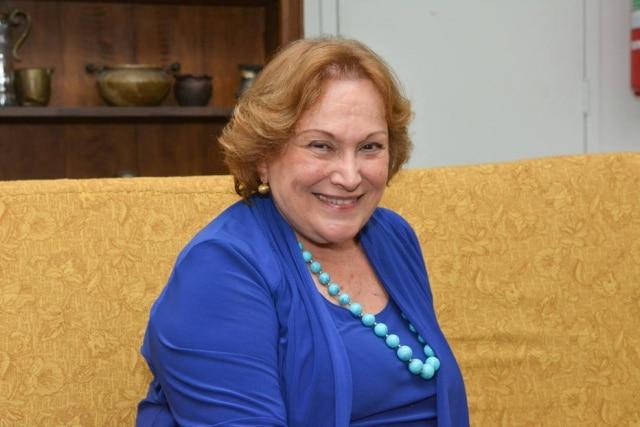 A atriz Nicette Bruno.