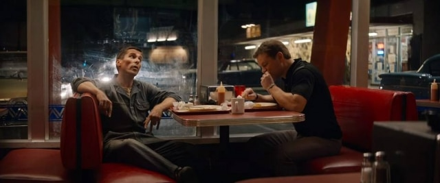 Cena do filme 'Ford vs. Ferrari', com Matt Damon e Christian Bale.
