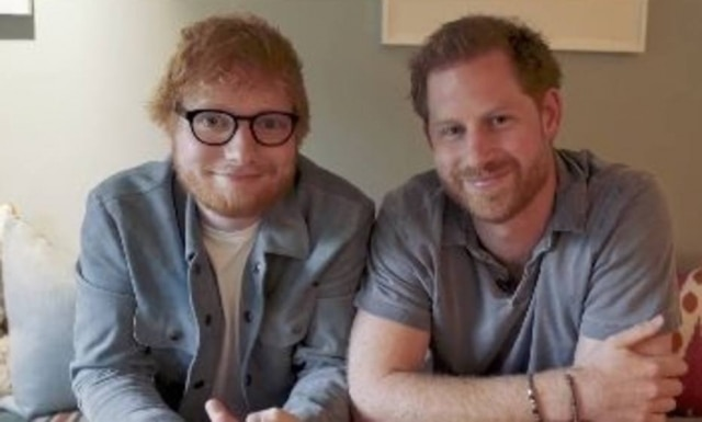 O cantor Ed Sheeran e o príncipe Harry.