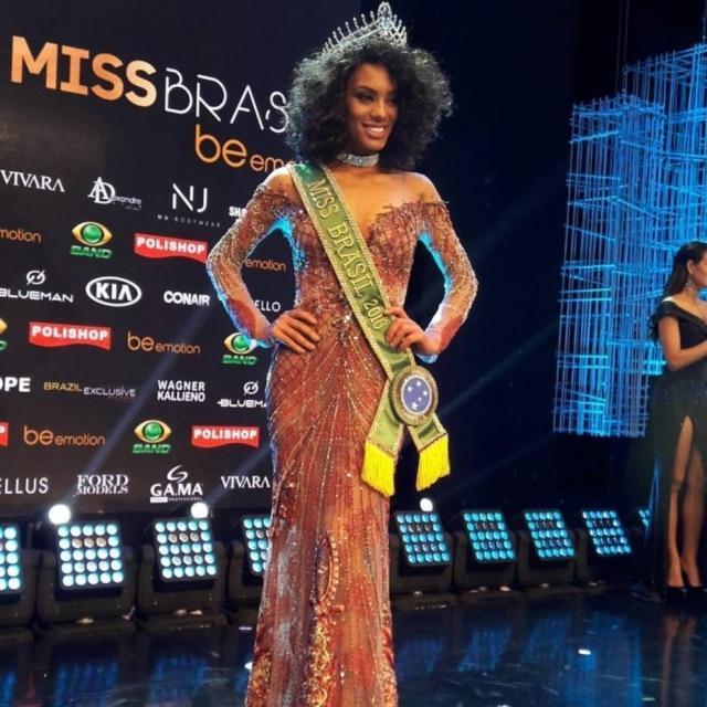 Raissa Santana foi eleita Miss Brasil 2016 na noite de sábado, 1.