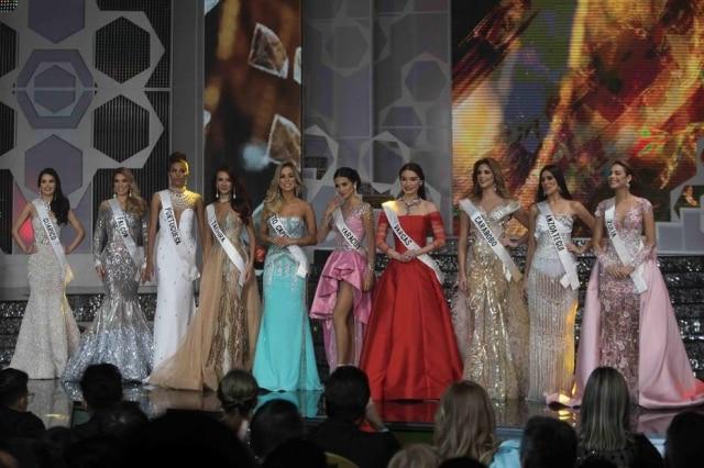Candidatas participam doMiss Venezuela.