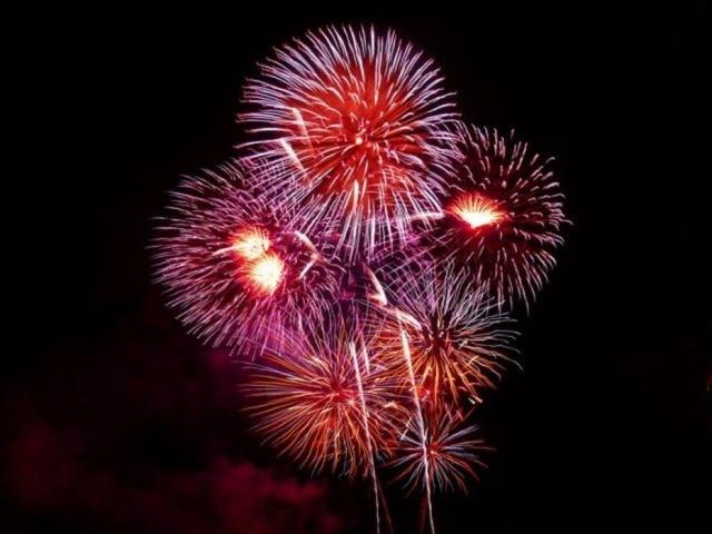 Quem soltar fogos de artifícios barulhentos em Paulínia sofrerá multa de R$ 1 mil.