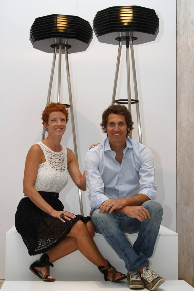 Os designers Mariana Betting e Roberto Hercowitz, da em2 Design