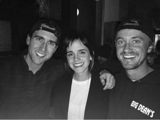 Os atores Matthew Lewis, Emma Watson e Tom Felton.