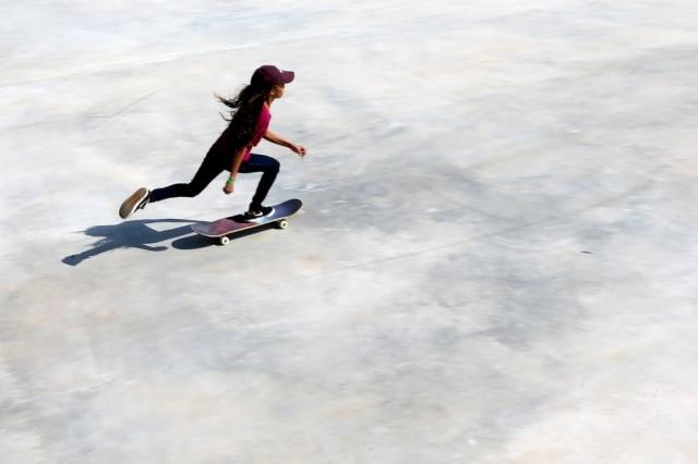 A skatista Rayssa Leal na pista do Parque do Chuvisco em SãoPaulo.