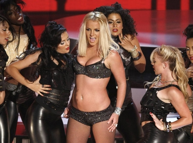 Britney Spears durante sua performance no Video Music Awards 2007