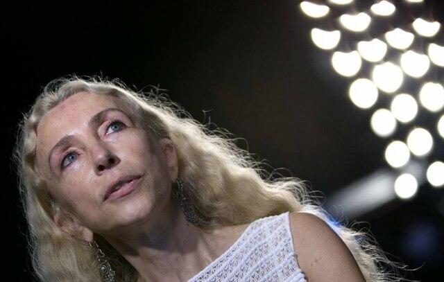 Franca Sozzani, editora-chefe da Vogue Itália, morre aos 66 anos.