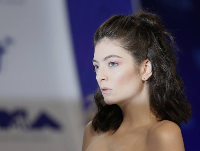 Lorde durante o MTV Video Music Awards 2017.