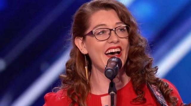 Mandy Harvey fez apresentação incrível em reality show americano