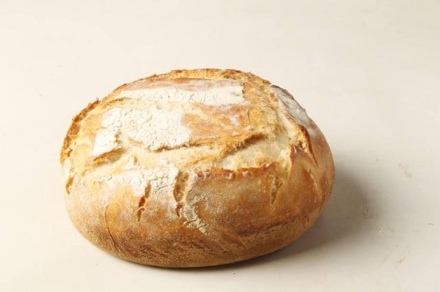 Pão artensanal de levain é sempre mais gostoso que os vendidos nos grandes mercados
