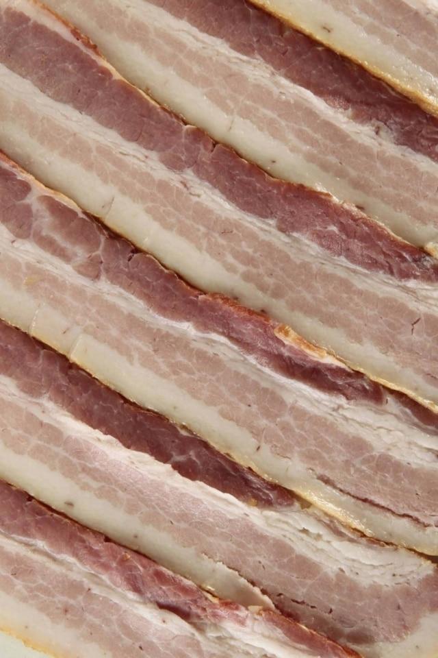 Bacon feito em casa