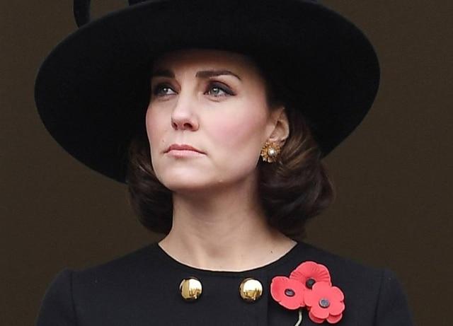 Kate Middleton doou 18 centímetros de cabelo para uma instituição que faz perucas para crianças em tratamento contra o câncer