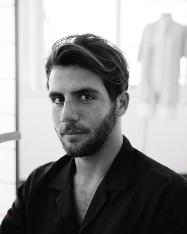 O estilista carioca André Namitala é o nome por trás da Handred