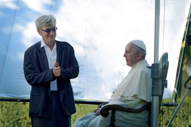 O Vaticano divulgou as primeiras imagens do documentário sobre o papa Francisco que o cineasta Wim Wenders está produzindo