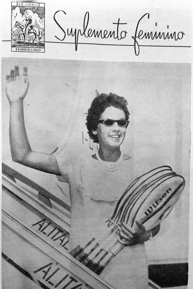 Suplemento Femininohomenageou a campeã mundial de tênis, Maria Esther Bueno. Cliqueaquipara ver a edição de 10/7/1959.