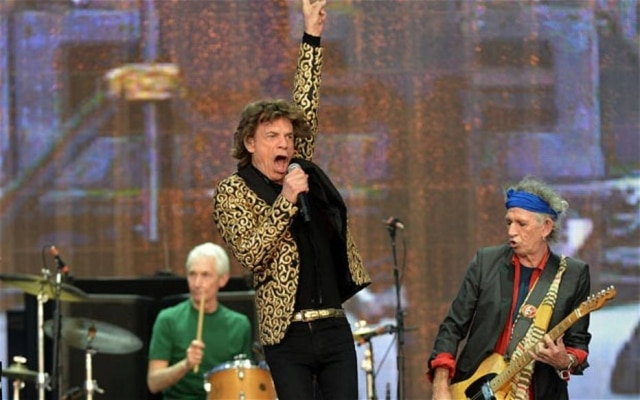 Os Rolling Stones voltaram ao Hyde Park, em julho do ano passado, 44 anos após histórico show no parque londrino, e se apresentaram para uma plateia de 65 mil pessoas. A banda recebeu convidados como Gary Clark Jr., que entrou em cena para tocar Bitch, e os corais Voice Chamber e London Youth Choir para a introdução de You Can't Always Get What You Want.