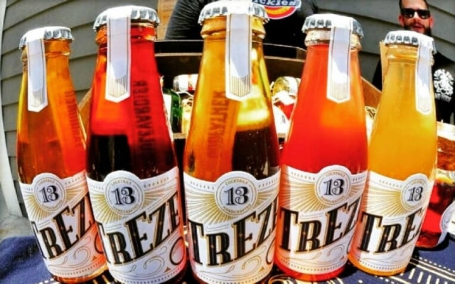 A marca paulista Treze Cocktails já tem 8 opções de drinques em garrafas de 100 ml, prontos para beber.