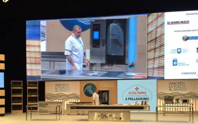 Jefferson Rueda definiu sua cozinha como alta gastronomia inspirada na culináriapopular.