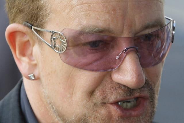 Bono Vox, vocalista da banda U2, é reconhecido pelo seu engajamento em causas sociais